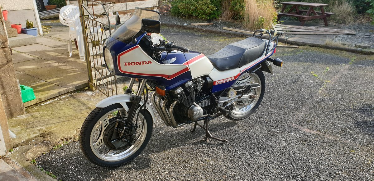 1983 Honda cbx 550 f2    SOLD (picture 3 of 6)