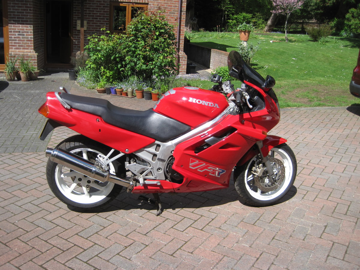 1990 Honda vfr 750f-l For Sale (picture 1 of 6)