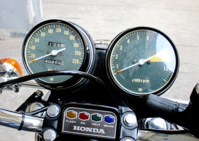 HONDA CB 750 FOUR (1974) RESTORED For Sale (picture 4 of 6)