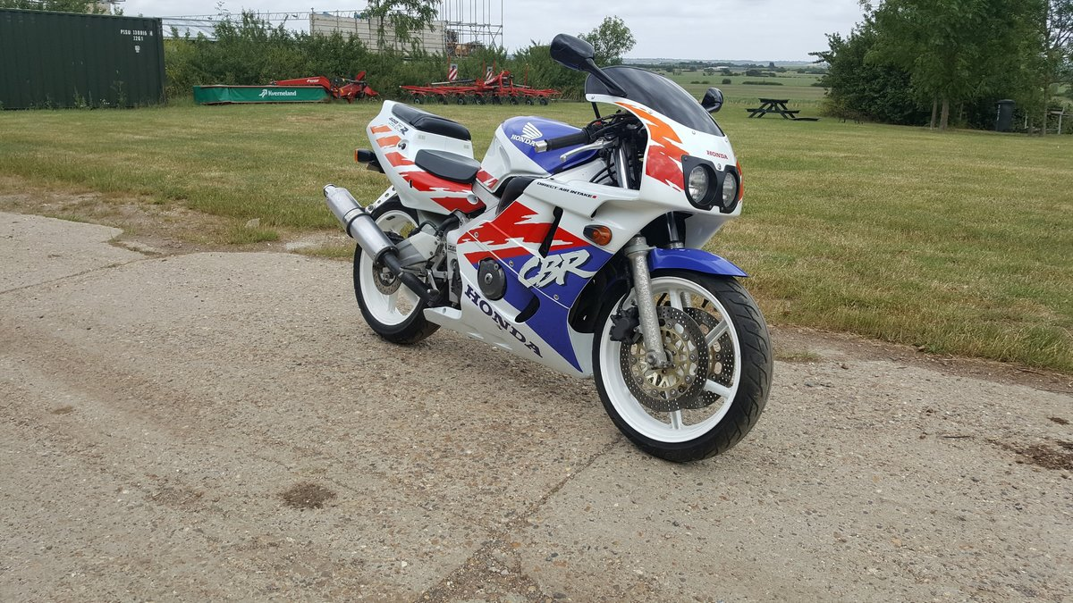 1992 Honda CBR400 NC29  For Sale (picture 1 of 6)