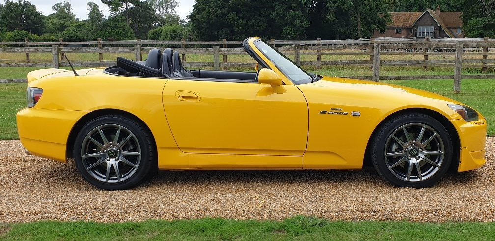 2004 STUNNING  MUGEN  S2000  IN  YELLOW  RARE  COLOUR   For Sale (picture 3 of 6)