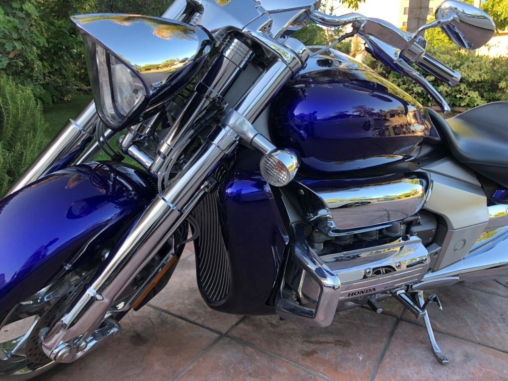 2004 HONDA Rune Valkyrie 4000 miles For Sale (picture 1 of 6)