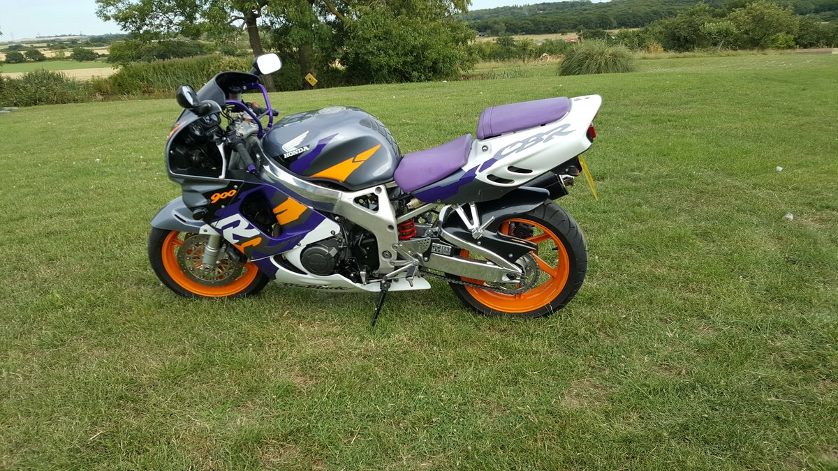 Honda CBR900R Fireblade SC33 1997 For Sale (picture 6 of 6)