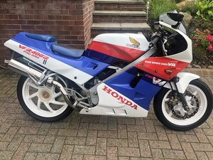 Picture of 1987 Honda VFR400R NC24