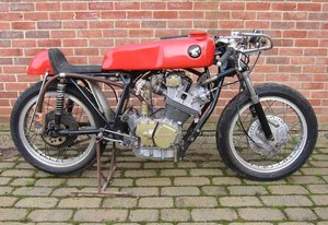 C.1963 HONDA 250CC CR72 RACING MOTORCYCLE (LOT 443)