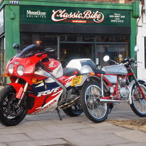 1996 Honda RC45 RVF750 R Last Owner James May 'Top Gear' For Sale