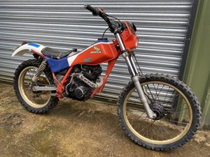 1985 HONDA TLR 200 ROAD REGD V5 TRIALS SHED FIND RUNNING