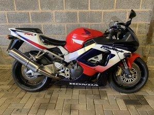 2000 Honda CBR900RR Fireblade