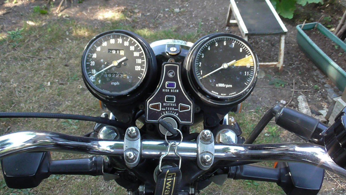 1976 Honda CB500T Classic Motor Cycle For Sale (picture 6 of 6)