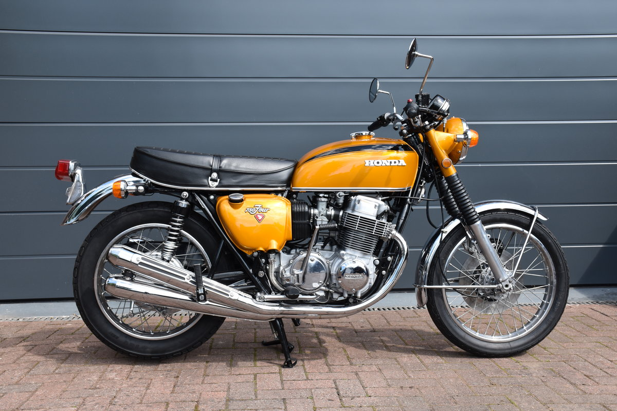1971 Honda CB750K1  in spectacular restored condition SOLD (picture 3 of 6)