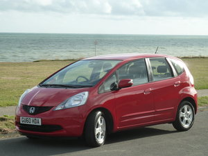 JAZZ 1.4i  VTEC AUTOMATIC ES AIR CON ONE LOCAL OWNER FSH