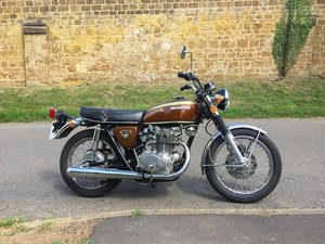Honda CB450 - Candy Garnet Brown