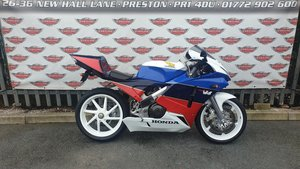 Picture of 1989 Honda VFR400 NC30 Sports Classic