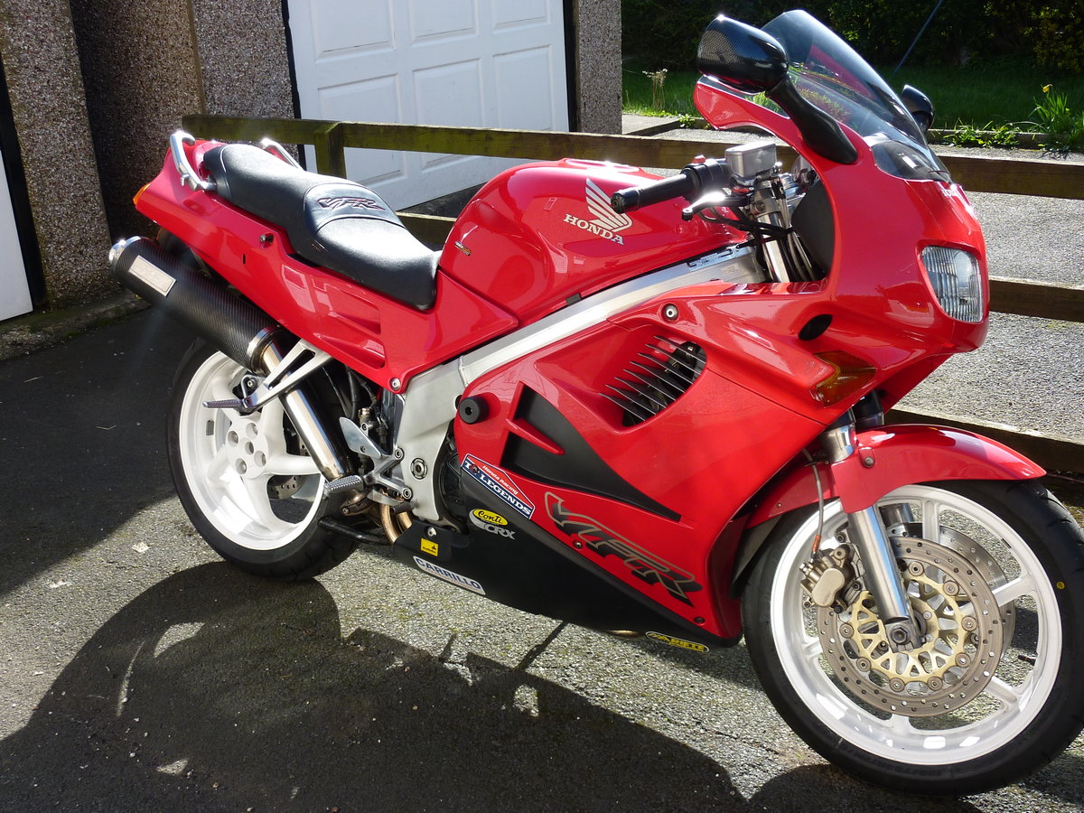 1997 Honda VFR750 F For Sale (picture 2 of 4)