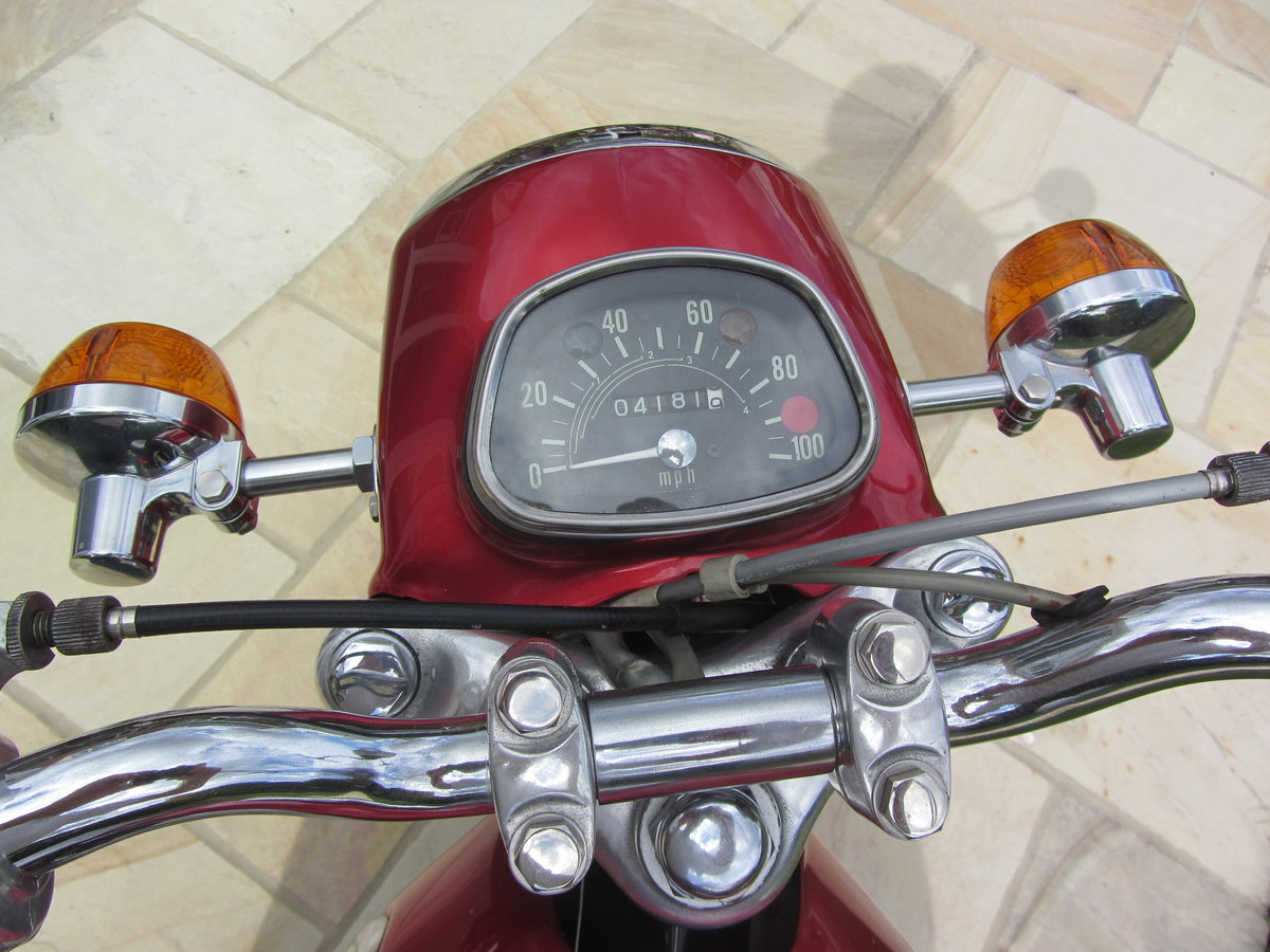 1972 Honda CD175, immaculate SOLD (picture 4 of 6)