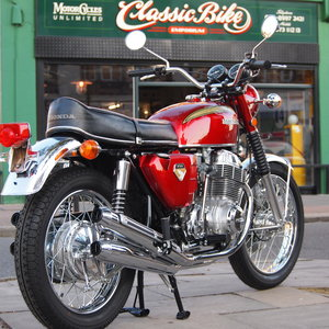 Honda CB750 Sandcast, Staggering Condition, Like New.