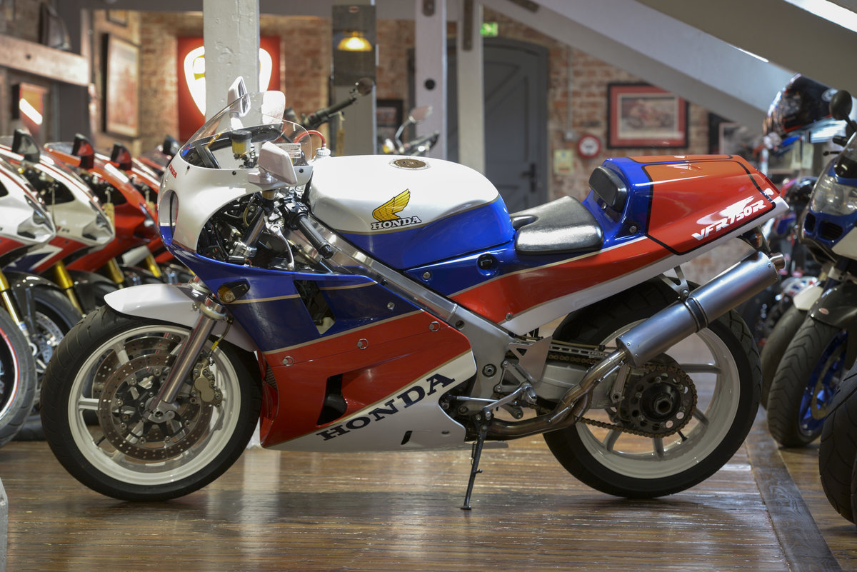 1989 Honda VFR-K RC30 Superb Example For Sale (picture 2 of 6)