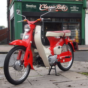 Honda C100 49cc Enjoy L@@King at Pictures.