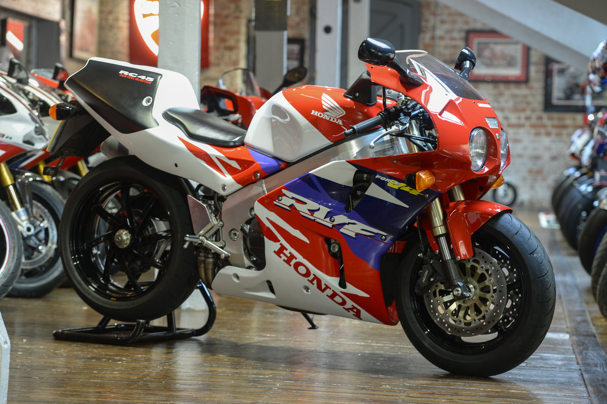 1995 Honda RVF750 RC45 Rare Investment Opportunity - Low Miles  For Sale (picture 6 of 6)