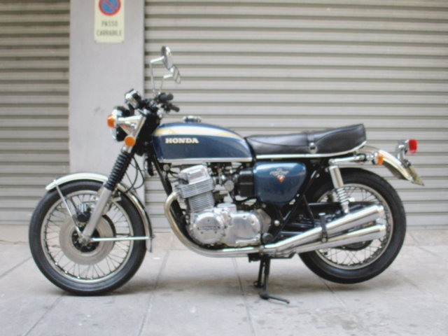 HONDA CB 750 FOUR (1974) RESTORED For Sale (picture 2 of 6)