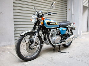 HONDA CB 500 FOUR (1975) TOTAL RESTORATION