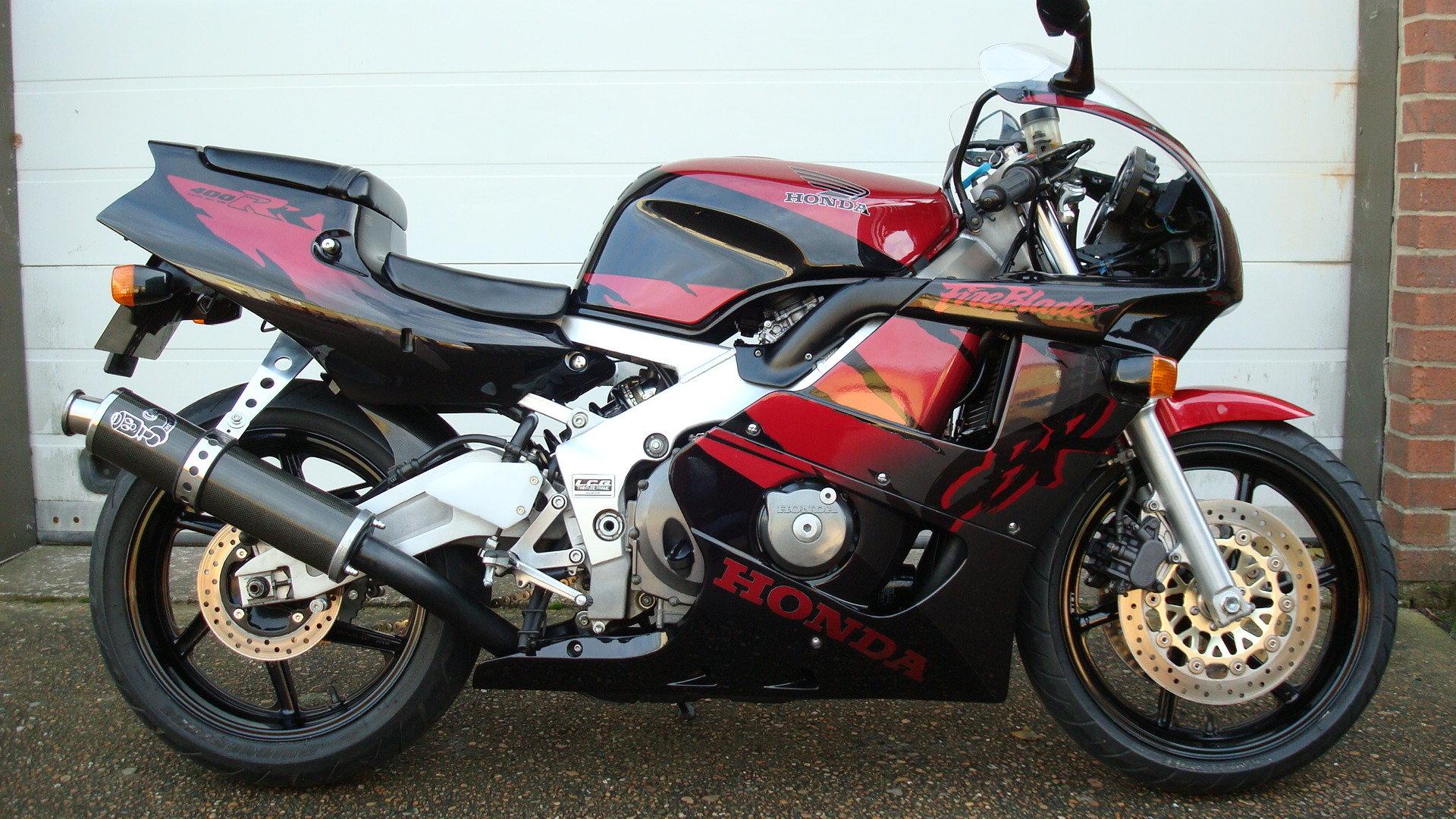 Honda CBR400 RR-R 1998-R **LOW KMS,EXCELLENT CONDITION** For Sale (picture 1 of 6)