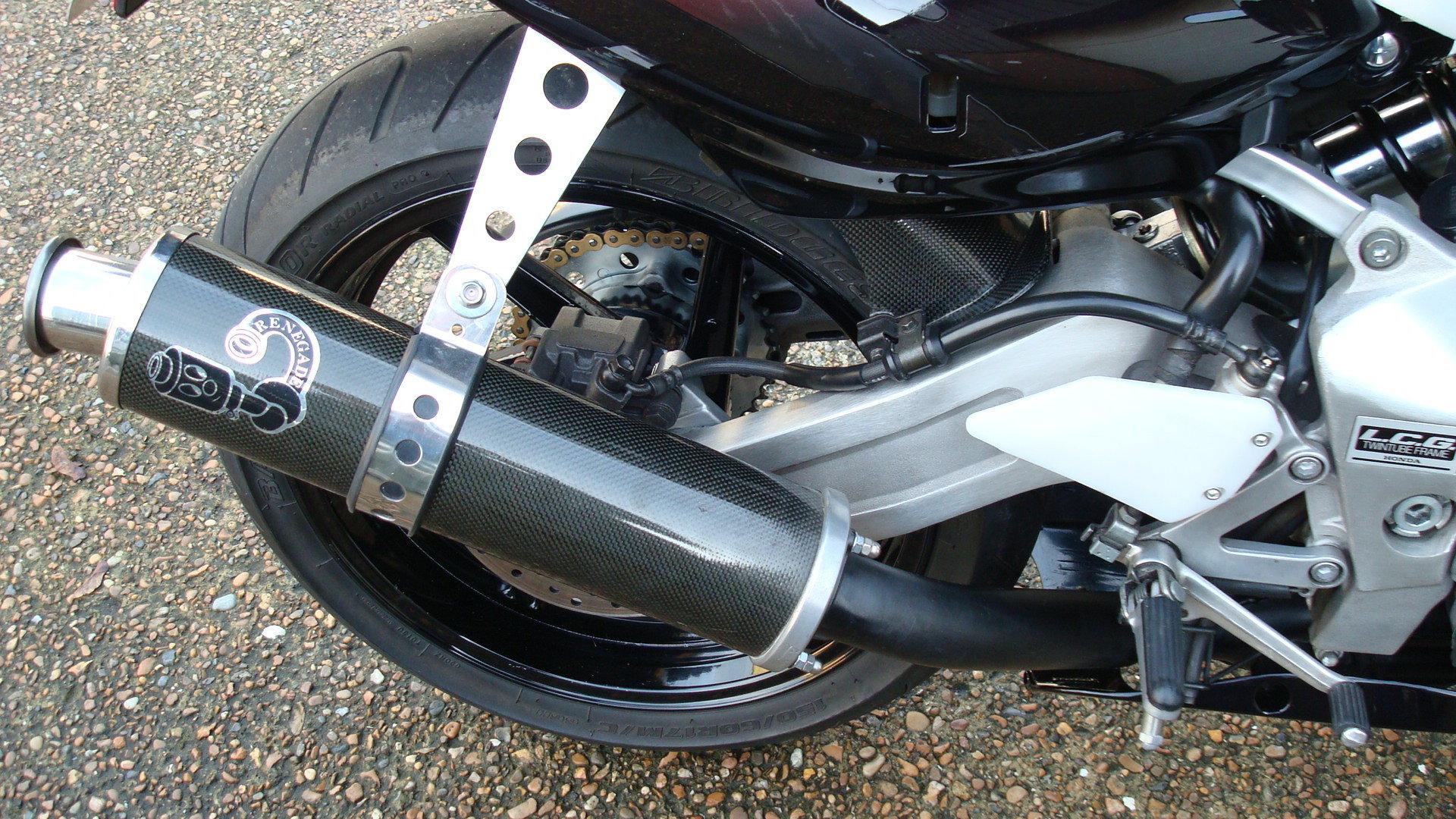 Honda CBR400 RR-R 1998-R **LOW KMS,EXCELLENT CONDITION** For Sale (picture 5 of 6)