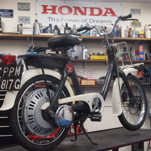 Picture of 1968 Honda P50 Previously Owned By Henry Cole / Shed & Buried SOLD