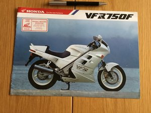 Picture of 1987 Honda VFR750F brochure