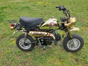 Picture of 1996 Honda 49cc Z50J Gold Limited Edition Monkey Bike For Sale by Auction