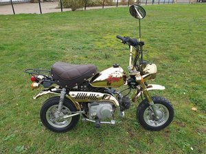 Picture of 1984 Honda 49cc Z50J Gold Limited Edition Monkey Bike For Sale by Auction