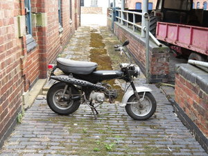 Honda 72cc Dax Monkey Bike