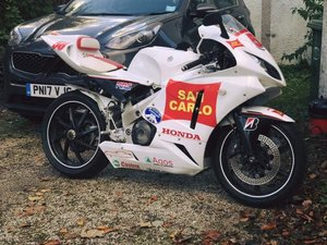 Honda vfr400 nc30 tyga conversion