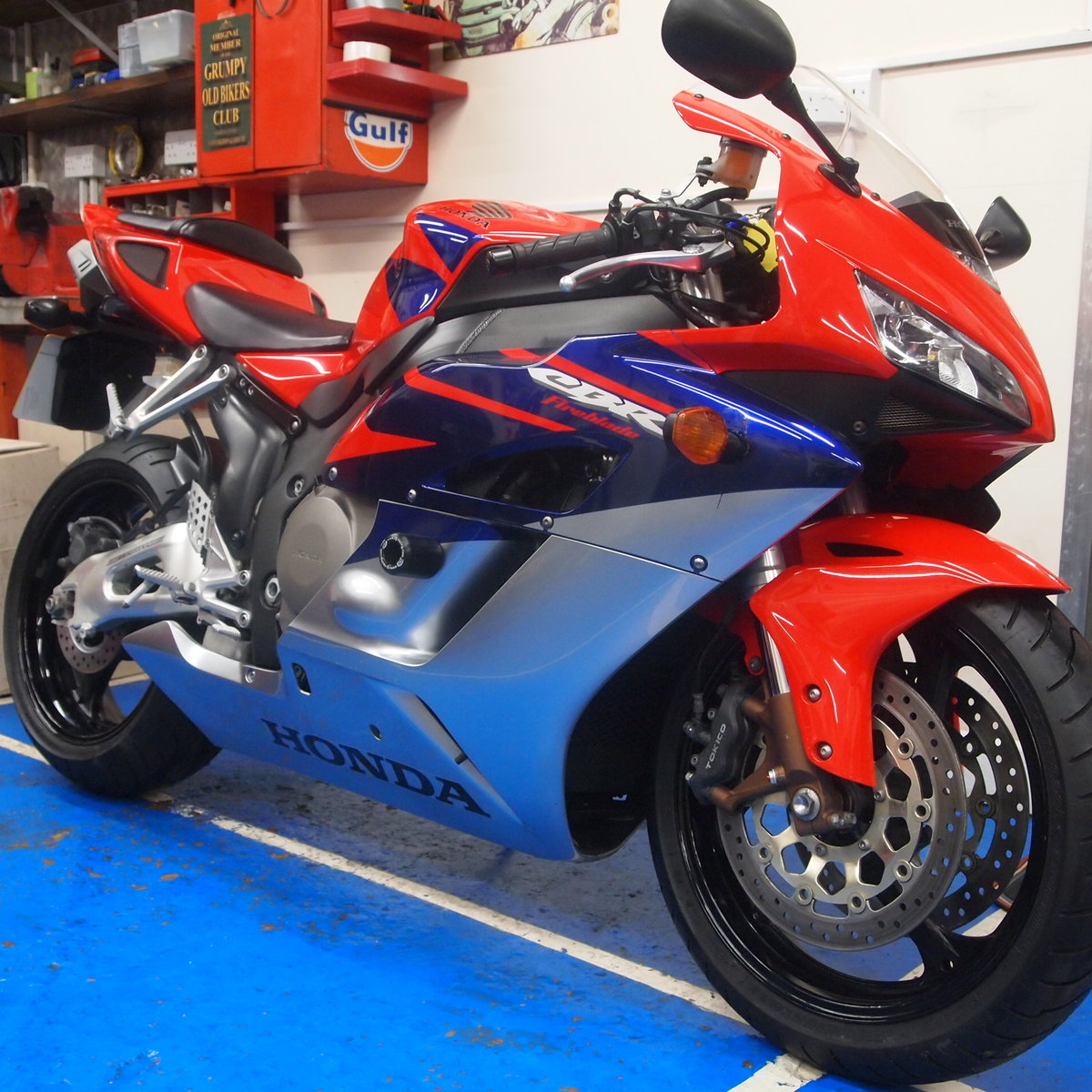 2006 Honda CBR1000RR5, FSH, Low Mileage, RESERVED FOR KARL. SOLD (picture 1 of 12)