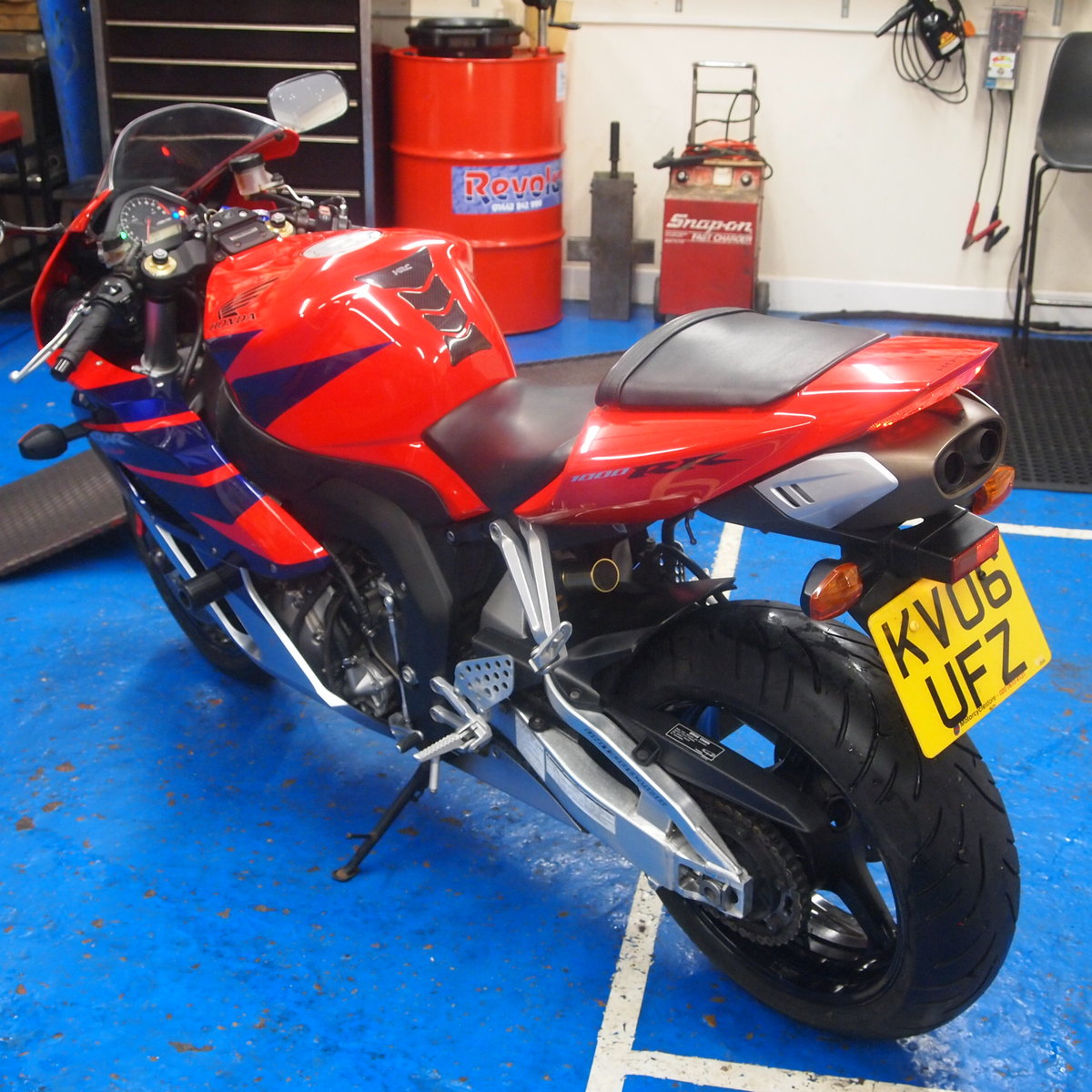 2006 Honda CBR1000RR5, FSH, Low Mileage, RESERVED FOR KARL. SOLD (picture 3 of 12)