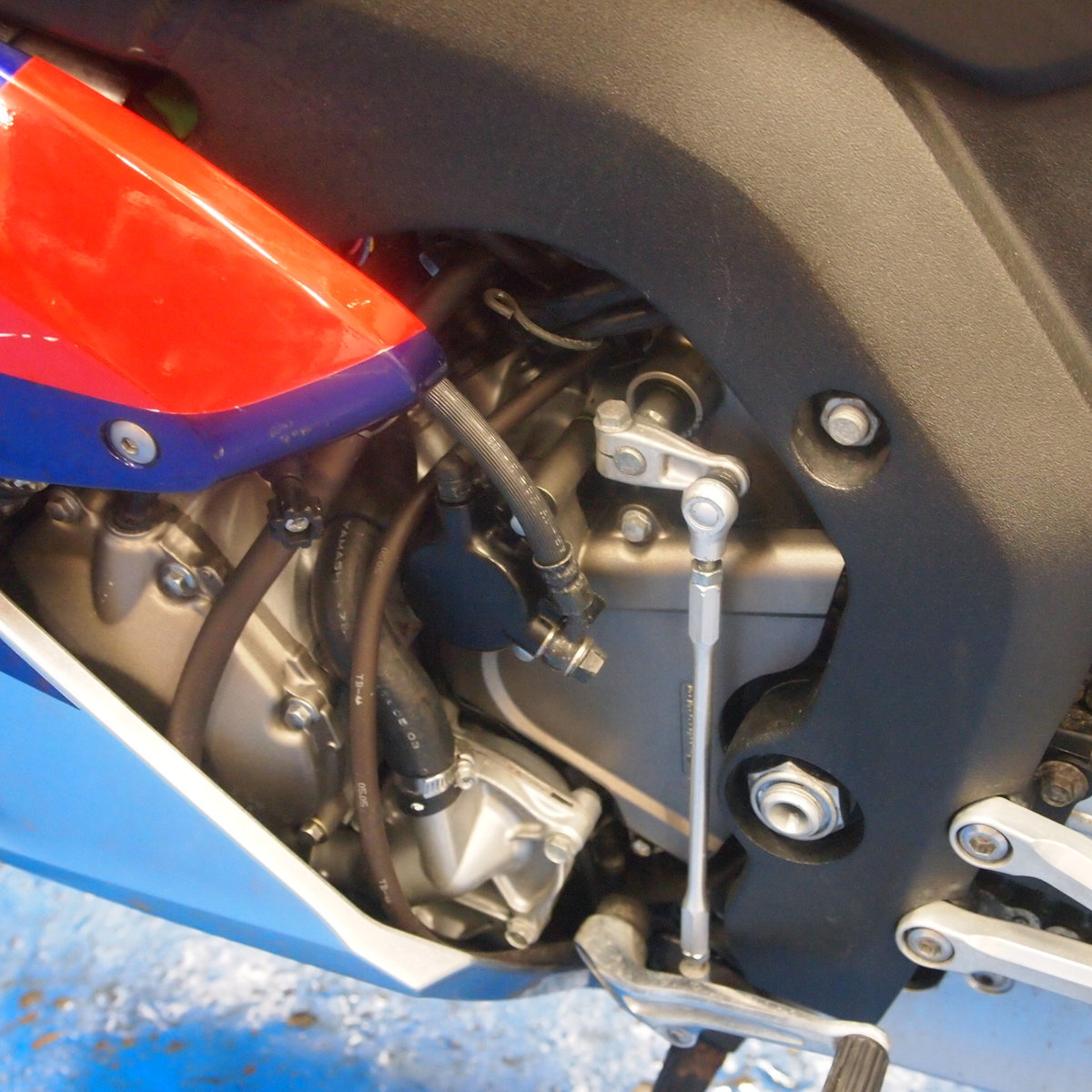 2006 Honda CBR1000RR5, FSH, Low Mileage, RESERVED FOR KARL. SOLD (picture 4 of 12)