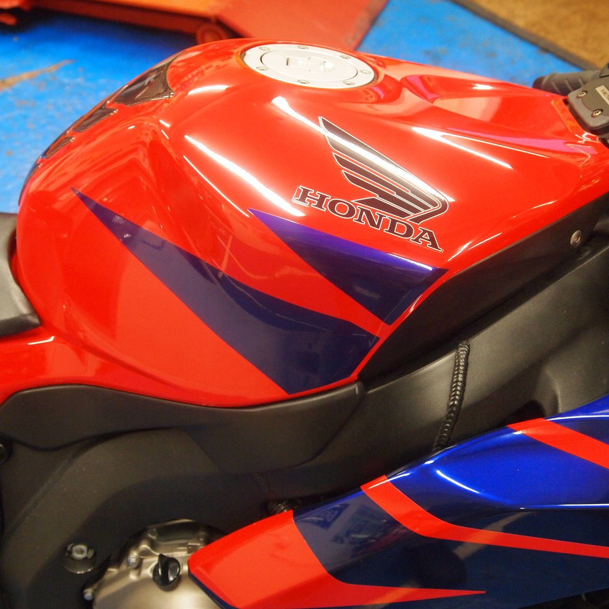 2006 Honda CBR1000RR5, FSH, Low Mileage, RESERVED FOR KARL. SOLD (picture 6 of 12)