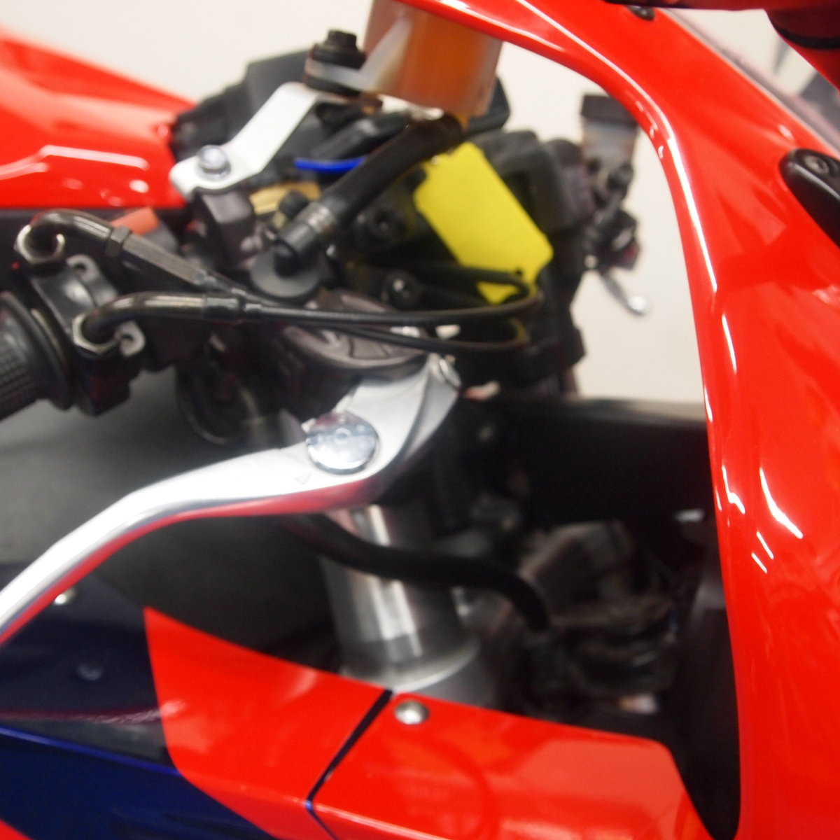 2006 Honda CBR1000RR5, FSH, Low Mileage, RESERVED FOR KARL. SOLD (picture 9 of 12)