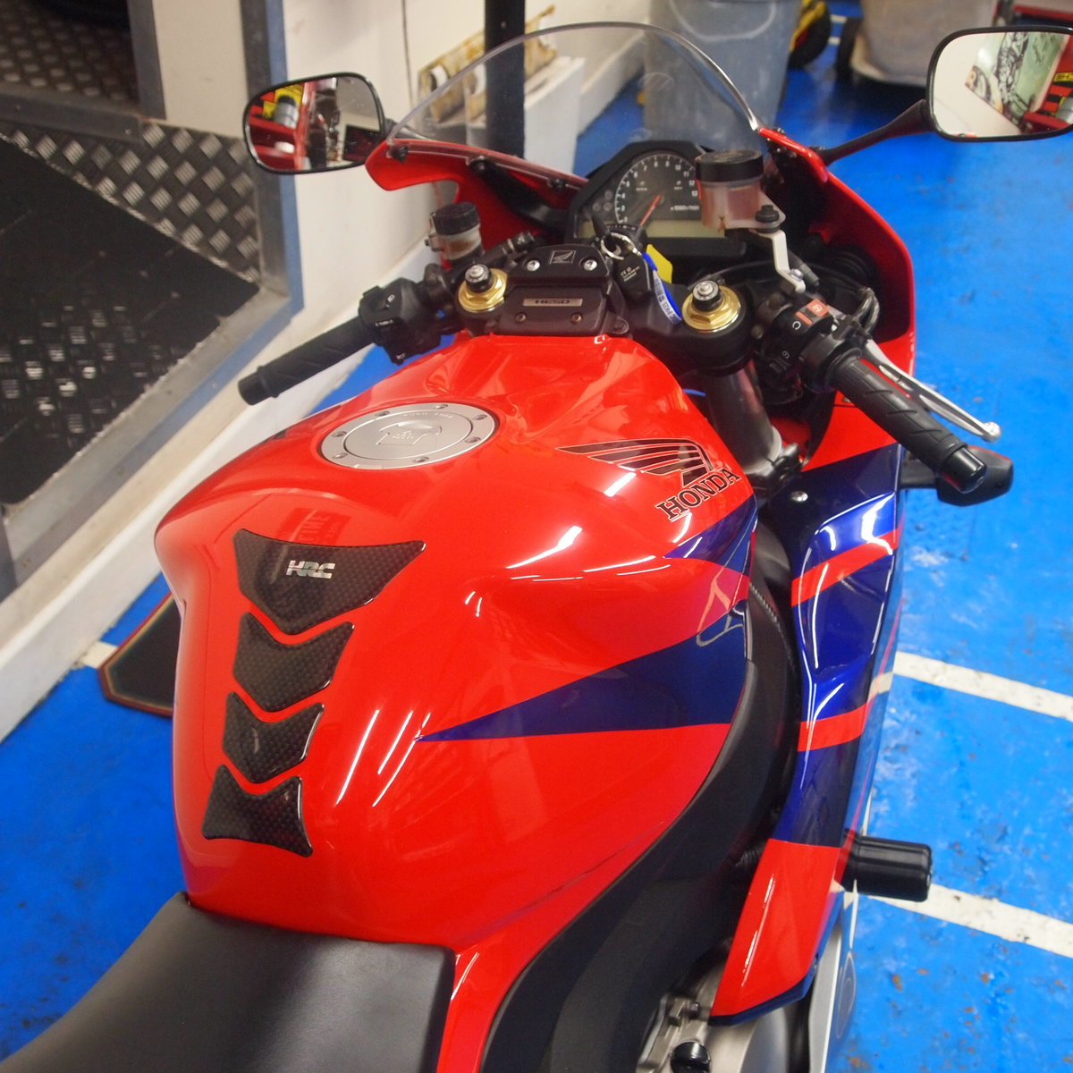 2006 Honda CBR1000RR5, FSH, Low Mileage, RESERVED FOR KARL. SOLD (picture 11 of 12)