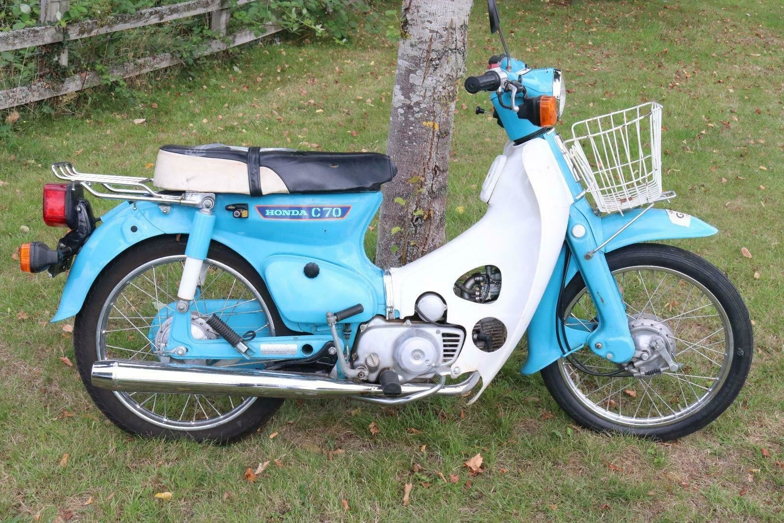 Honda C70 1980 runs and rides perfectly commuter or the back For Sale (picture 1 of 6)