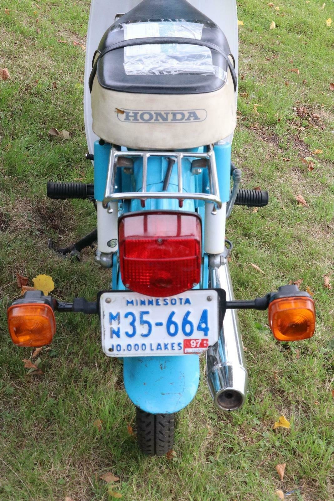 Honda C70 1980 runs and rides perfectly commuter or the back For Sale (picture 4 of 6)