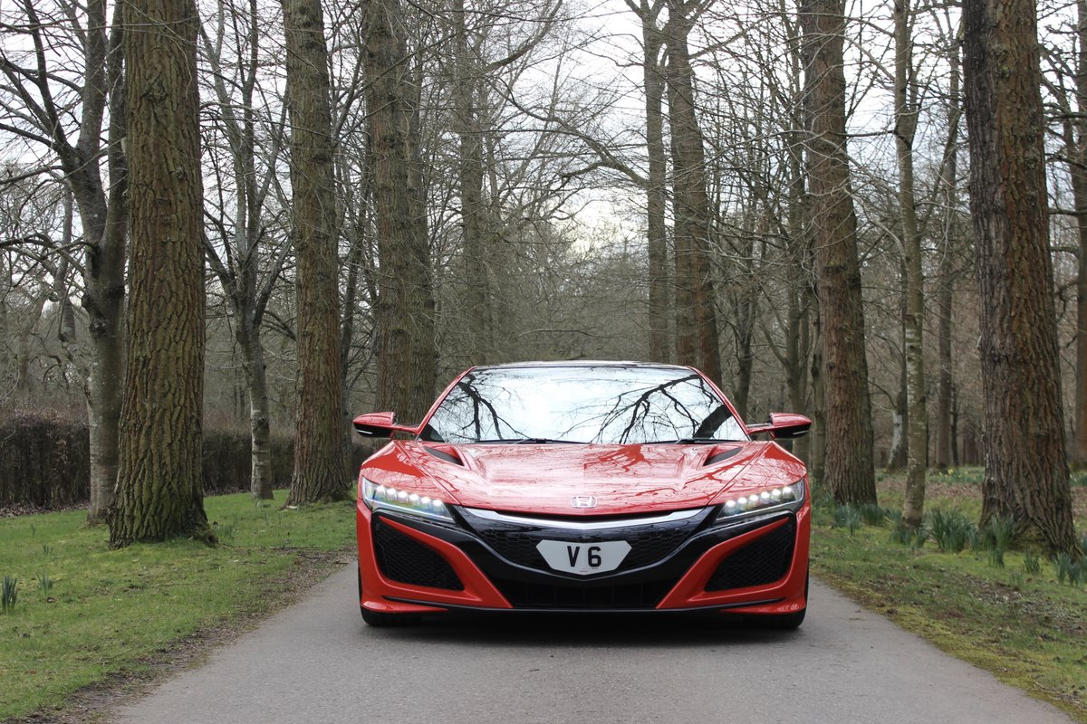 2017 New Honda NSX - 1,492 miles - As new For Sale (picture 4 of 12)