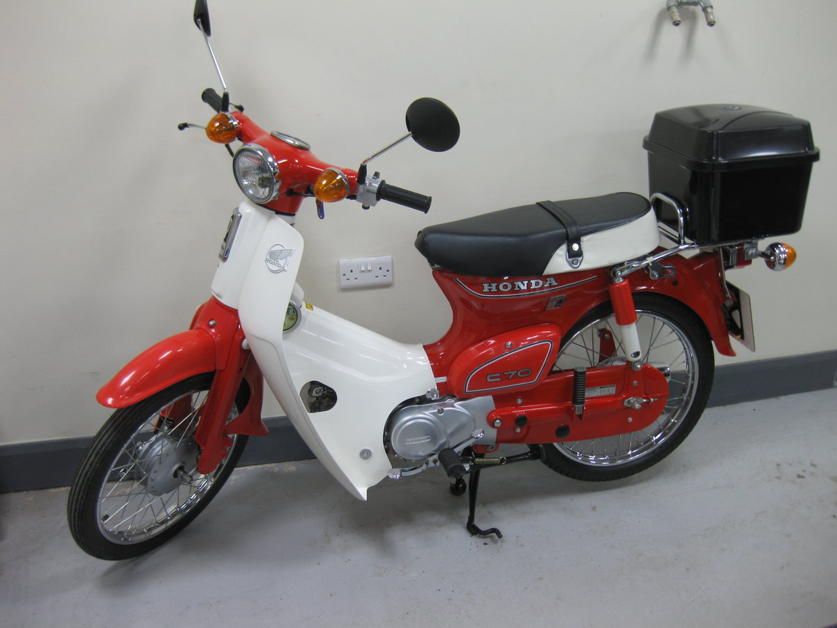 1982 Honda C70C in show condition For Sale (picture 1 of 8)