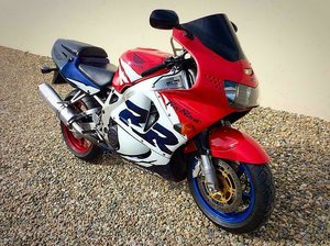 Picture of 2000 Honda CBR900RR Fireblade Superb Example HPI Clear For Sale