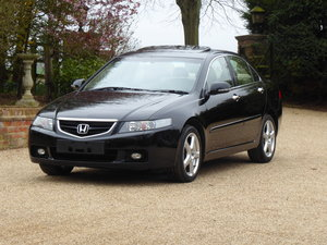 Picture of 2003 65k miles Full Honda Service History x 14 Services 1 x Owner For Sale