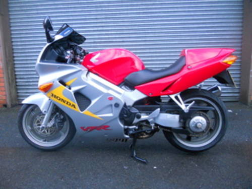 1999 Honda VFR800 Anniversary For Sale (picture 2 of 6)
