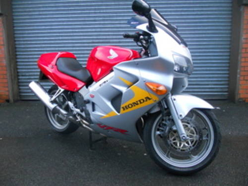 1999 Honda VFR800 Anniversary For Sale (picture 3 of 6)