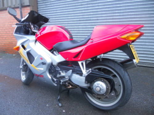 1999 Honda VFR800 Anniversary For Sale (picture 4 of 6)