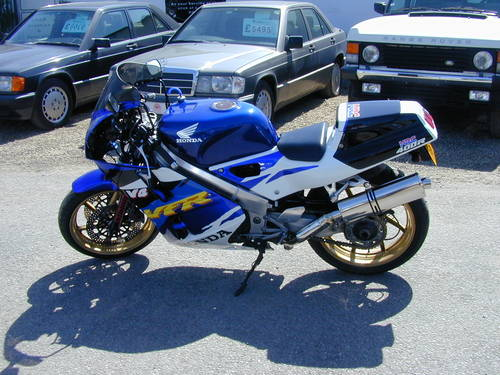 1990 HONDA VFR400 NC30 - EXCEPTIONAL! For Sale (picture 5 of 6)