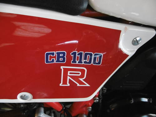 1981 Honda CB1100RB   STUNNING RARE and ORIGINAL  SOLD (picture 4 of 6)